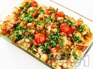 Рецепта Вкусна печена маринована риба скумрия в бира на фурна с пресни чери домати, моркови, лук и чесън
